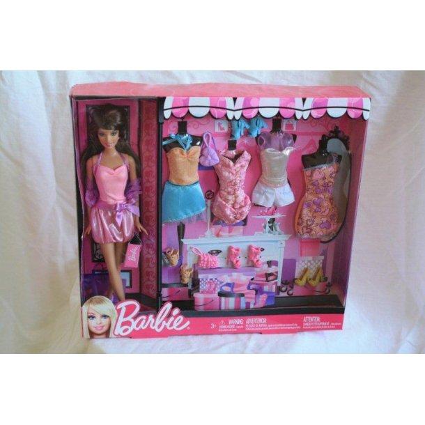 Barbie Mørk håret  med tøj